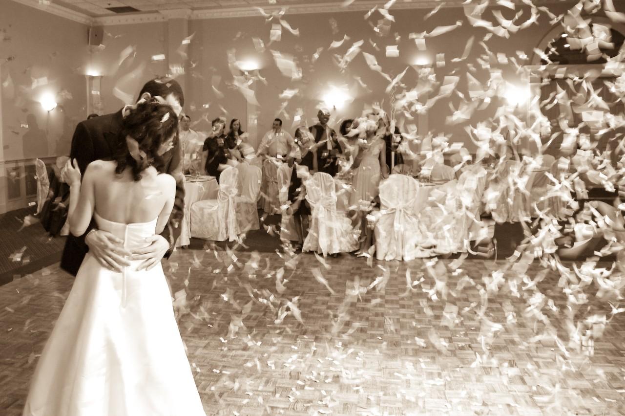 Film ślubny – jak znaleźć dobrego filmowca?