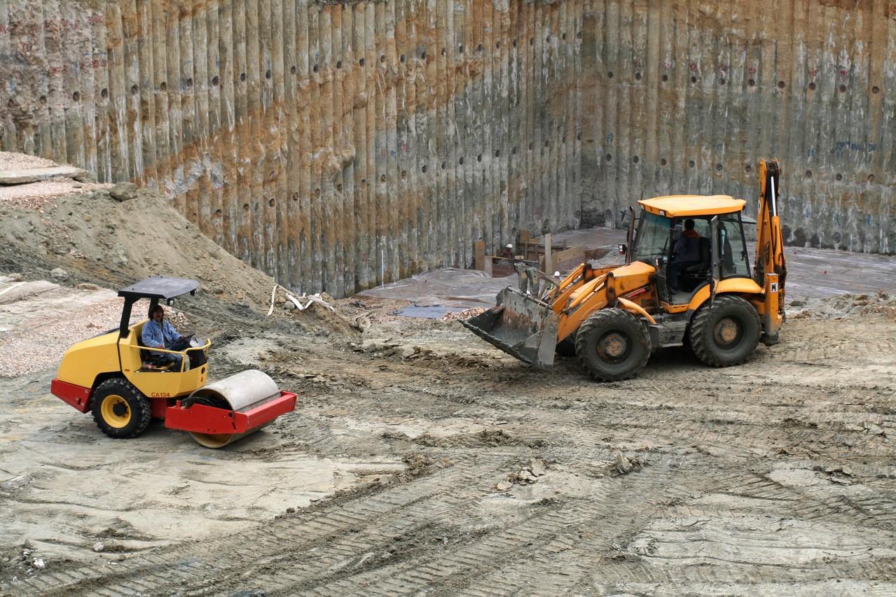 Firma budowlana – jakich maszyn będziesz potrzebować?